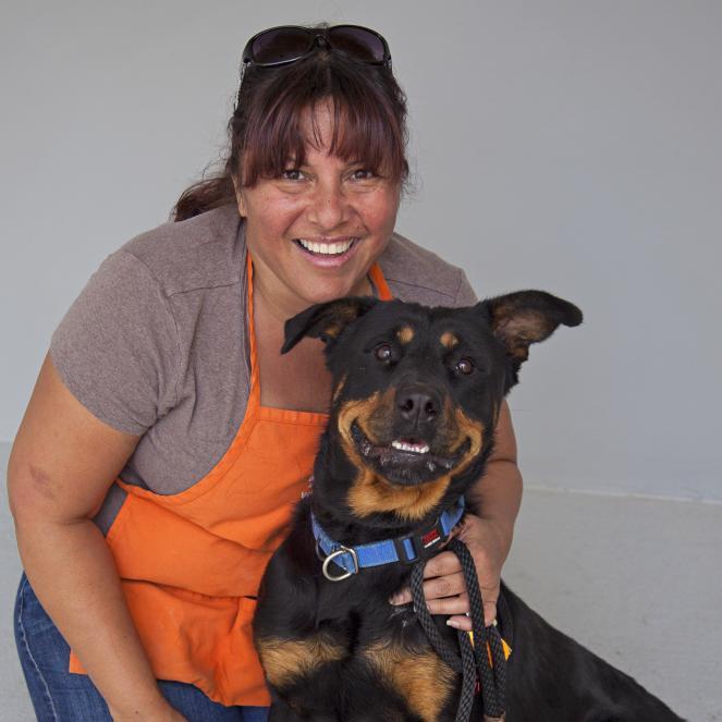 Volunteer Regina with dog