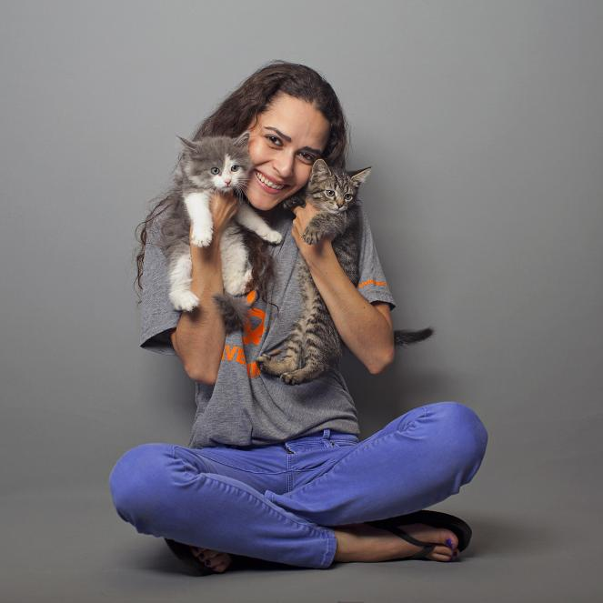 Stephanie Nogueras with kittens